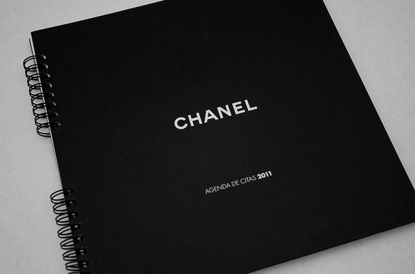Agenda Chanel 2011 by Oscar Arcos, via Behance