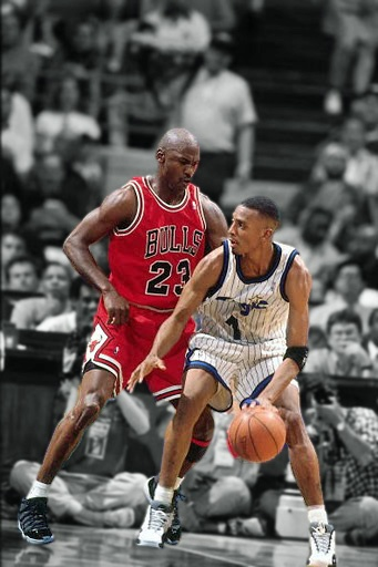 Micheal Jordan & Anfernee Hardaway. Those were the days with both their shoes out at that time.