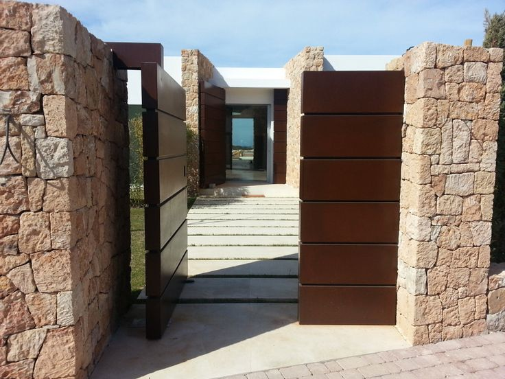 M s de 25 ideas incre bles sobre rejas para jardin en for Puerta corredera exterior jardin