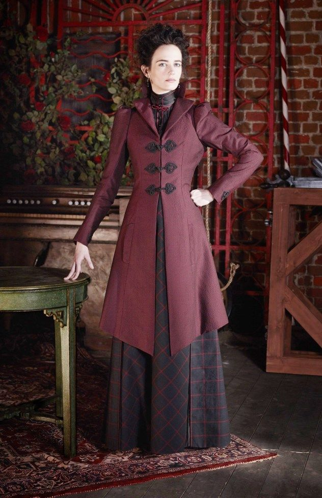 Eva Green as Vanessa Ives on 'Penny Dreadful'... Another gorgeous coat ...