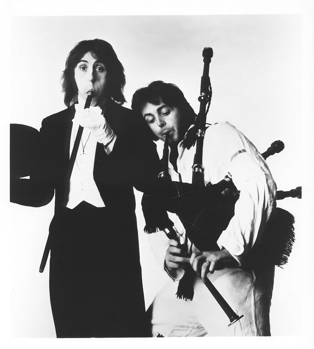 "stamp-and-shout: "" Denny Laine and Paul McCartney. © Chris Walter. """