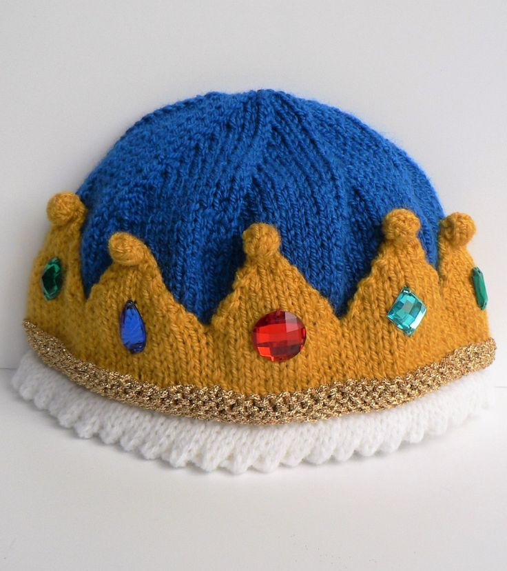 Knitting Pattern for Royal Beanie - Crown hat for babies and children. Instructions are given in three sizes, to suit ages 1 to 10 years. See more pics and get the pattern at http://www.awin1.com/cread.php?awinaffid=234273&awinmid=6220&p=https%3A%2F%2Fwww.etsy.com%2Flisting%2F511911125%2Fthe-royal-beanie%3Fref%3Dlisting-shop-header-1   tba fun hat halloween royal