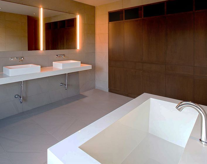 Best 25  Bathroom mirrors with lights ideas on Pinterest   Interior  bathroom mirrors  White bath ideas and Washroom vanity. Best 25  Bathroom mirrors with lights ideas on Pinterest
