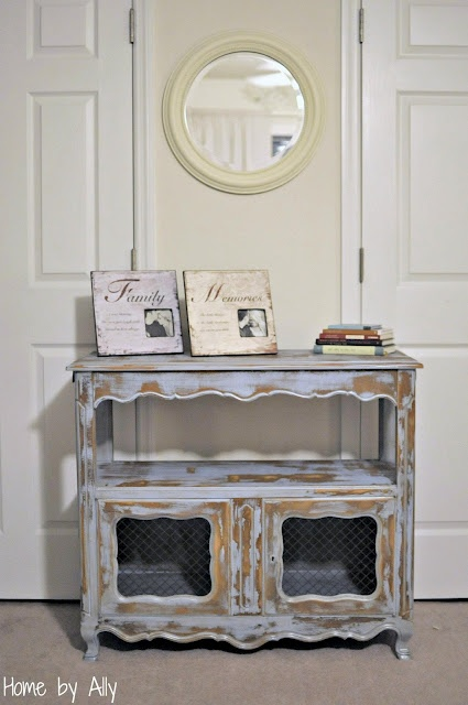 How to achieve the SHABBY look.: Buffet Redo, Shabby Buffet