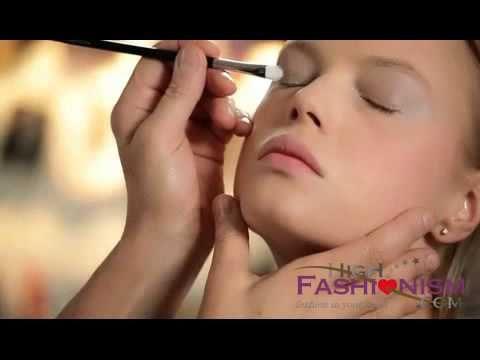 ▶ Mary Greenwell s Lipstick Workshop Beauty films Vogue TV Vogue com UK - YouTube