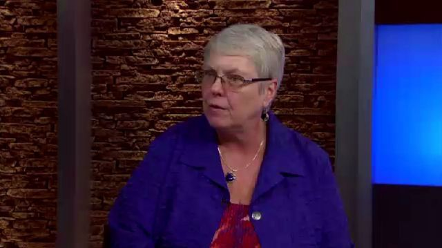 Elaine Wiant, the head of the Texas League of Women Voters joins the show to discuss their legislative priorities, including a push for online voter registration.