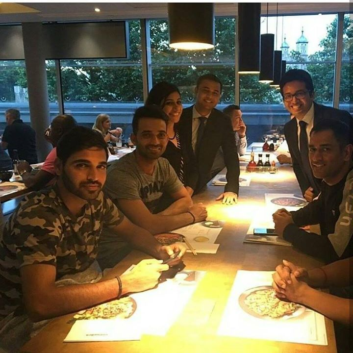 Team India players clicked during the dinner time #CT2017 For more cricket fun click: http://ift.tt/2gY9BIZ - http://ift.tt/1ZZ3e4d