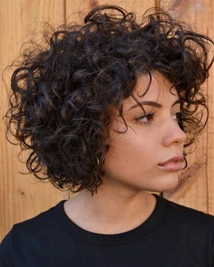 Naturally Curly Hair In A Bob Cut Bobcuts Just The Way You Are