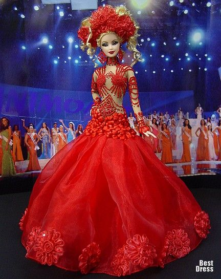 Ninimomo's Barbie.  Americas (North, Central, South).  2009/2010  Miss El Salvador (Dress Gaultier)