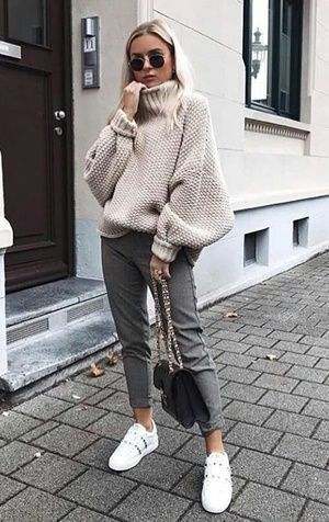 30+ WINTER STREET STYLE LOOKS TO COPY NOW | Outfitier | #fallfashion #falloutfits #winteroutfits #winterfashion