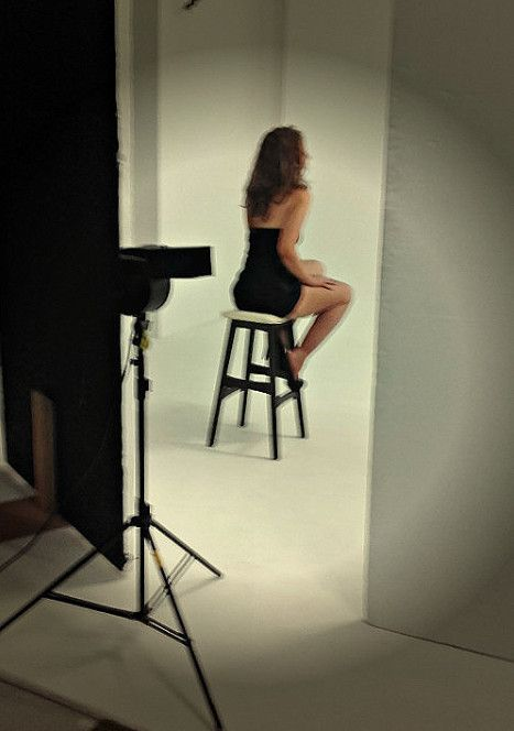 Behind the scenes of my new photo shoot :)