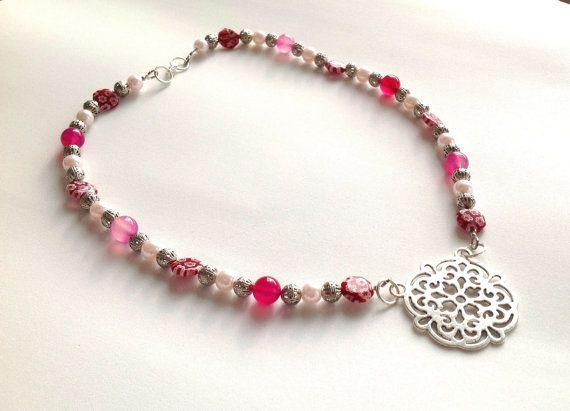 Pink agate and murano glass beaded necklace with filigree