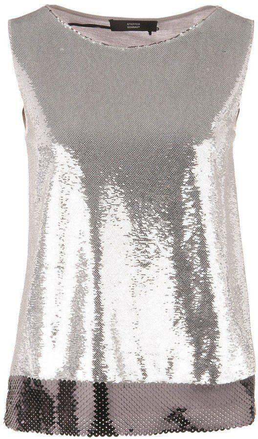 """Pin for Later: 20 glitzernde Tops, die geradezu schreien: """"Let's Party!""""  Steffen Schraut Paillettenshirt in Silber (169 €)"""