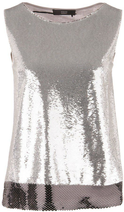 "Pin for Later: 20 glitzernde Tops, die geradezu schreien: ""Let's Party!""  Steffen Schraut Paillettenshirt in Silber (169 €)"
