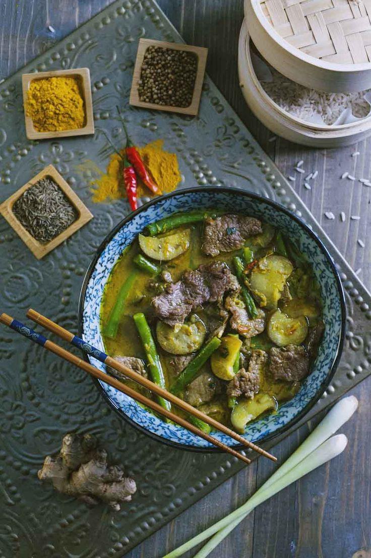 Curry giallo con manzo: Il #currygiallo con #manzo è un piatto thai molto cercato ed appressato: sapido e piccante, ricco di verdure e con carne tenerissima. Provalo!