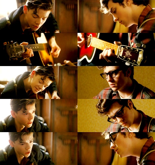 Nowhere boy: Paul McCartney & John Lennon