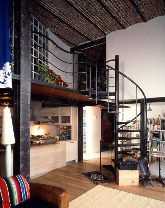 1000 ideas about escalier h lico dal on pinterest steel for Deco atelier loft