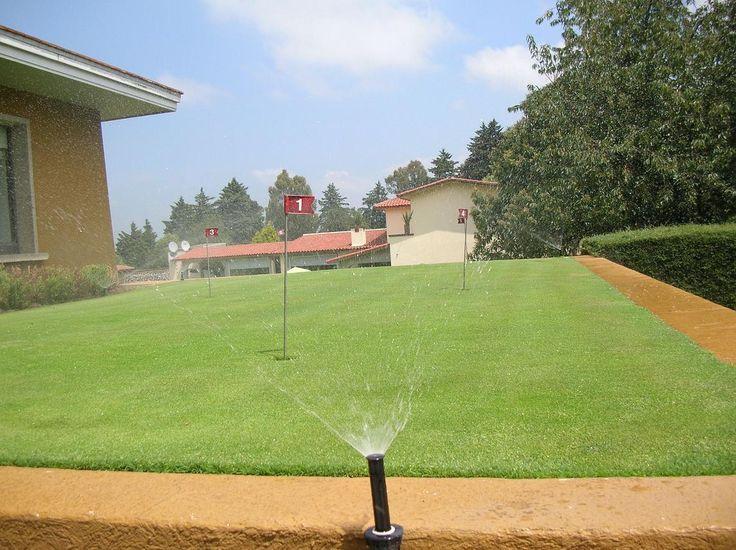 Sistemas de riego para mini golf particulares.