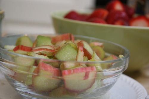 Strawberry rhubarb crisp and Strawberries on Pinterest