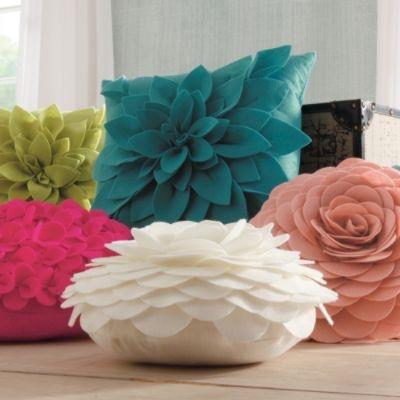 Dimensional Petal Pillows: Dimensional Petals, Decor Beds Pillows, Petals Pillows, Diy Flower Pillows, Throw Pillows, Decor Pillows, Dimensions Petals, Round Pillows, Dimen Petals