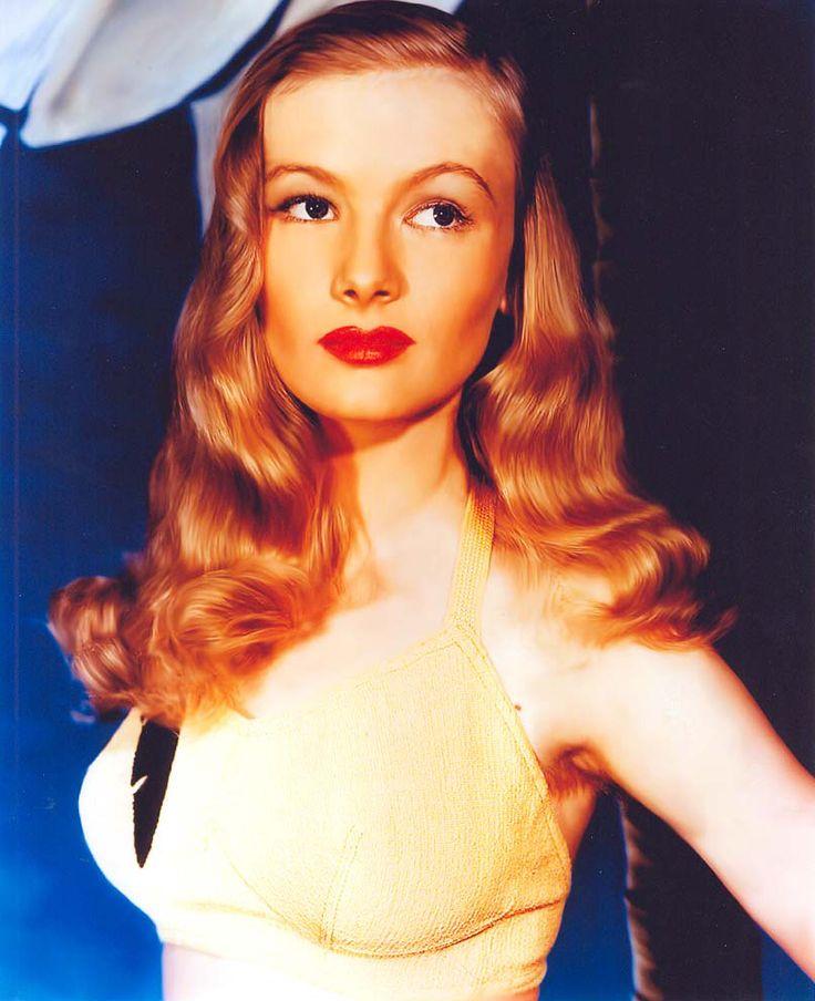 Veronica Lake. Hair. Like fire.