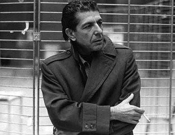"To όχι και τόσο μακρινό 1988 ο Leonard Cohen έγραψε το ""First wetake Manhattan, then we take Berlin"" που έγινε διαχρονικό hit."