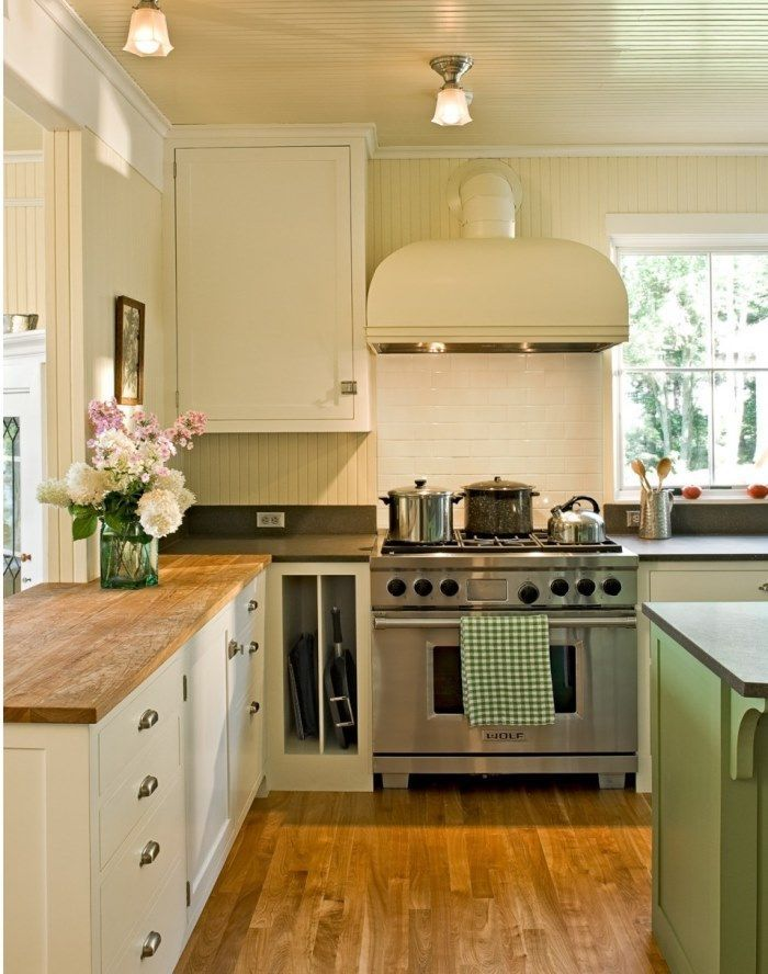 Beautiful Ventahood In A Small Kitchen