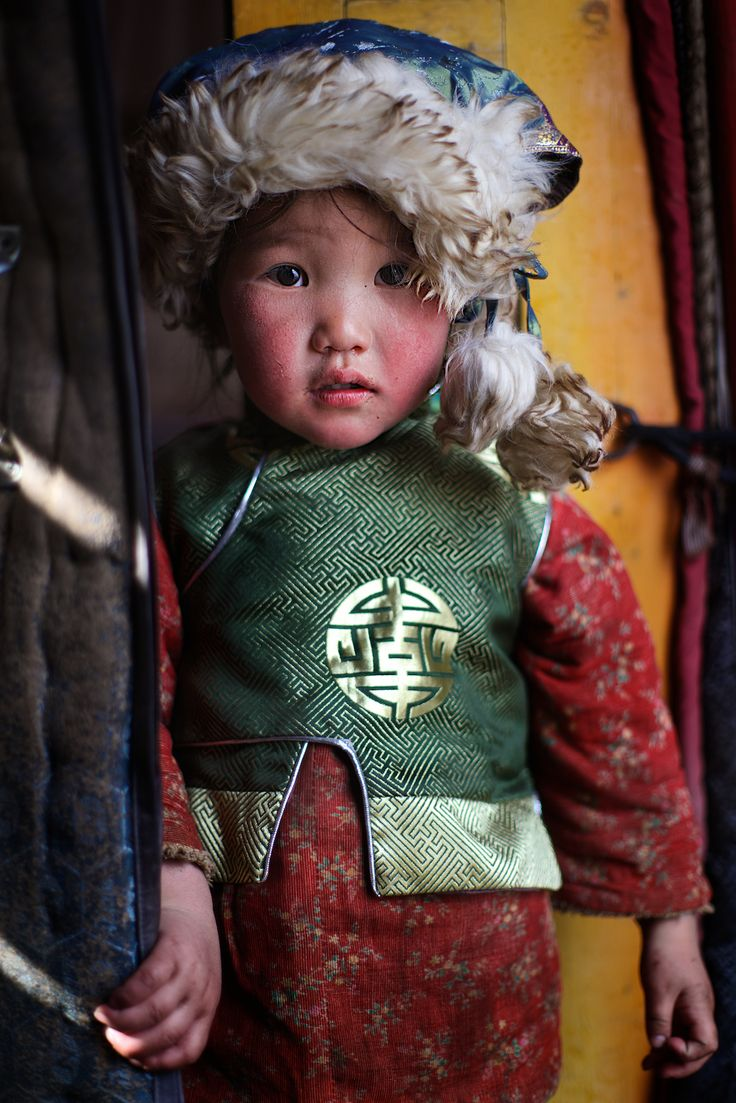 Mongolian child, Tov aimag, Mongolia   by Alex_Saurel