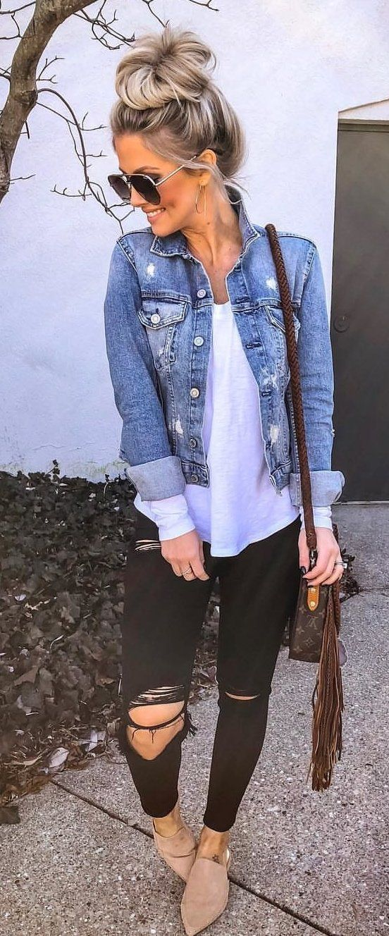 blue denim jacket #spring #outfits #blue #goldjewelryideas #jeans jacket