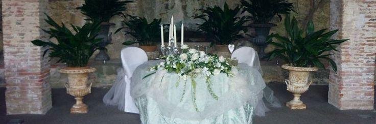 Il tavolo degli sposi nella Limonaia