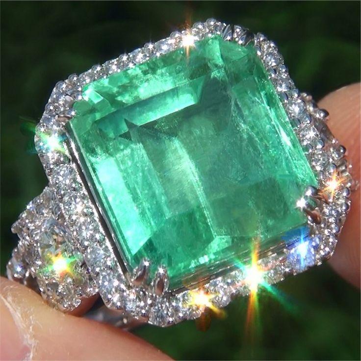 11.61 Carat Natural Colombian Emerald Diamond 18k White Gold Ring www.wonderfinds.com/item/3_330927964193/c164343/Emerald-Diamond-Ring
