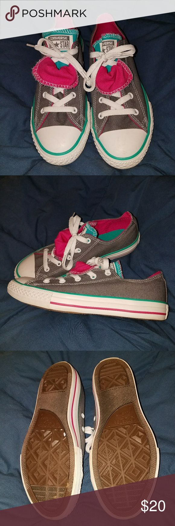 Authentic Converse double-tongue shoes Used but in great condition! Double-tongue lace up Converse shoes. Converse Shoes Sneakers