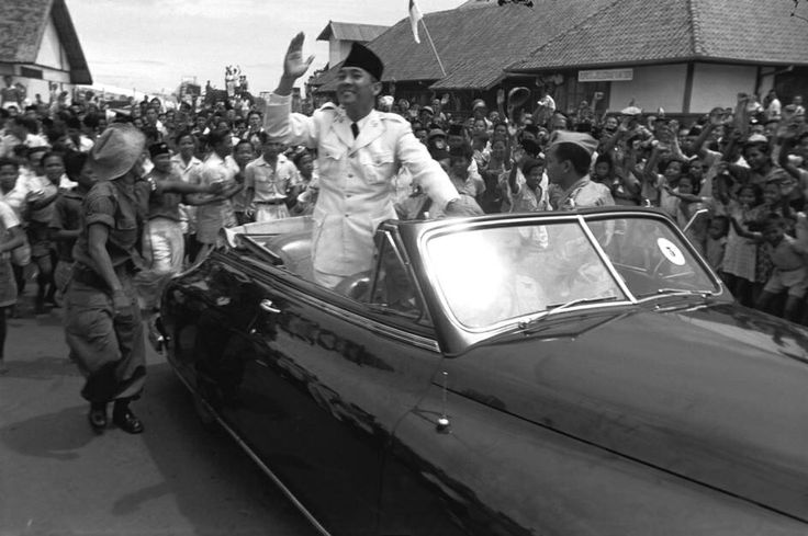 INDONESIA. Jakarta. Independence. 1949. President SUKARNO. From Magnum Photos website.