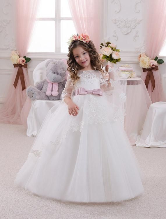 10  images about Girls Desses on Pinterest  Girls pageant dresses ...