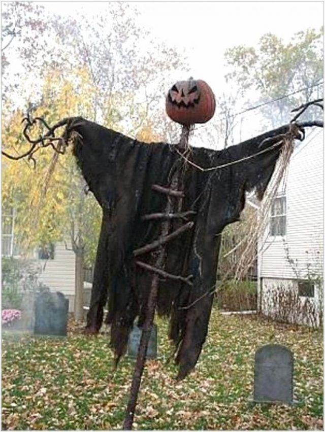 40 Best Outdoor Halloween Decorations - Page 21 of 40 Halloween