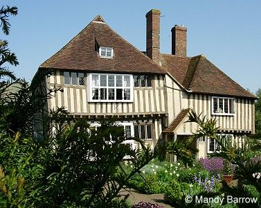 Best 17 Best Images About Tudor Homes On Pinterest Angeles 400 x 300