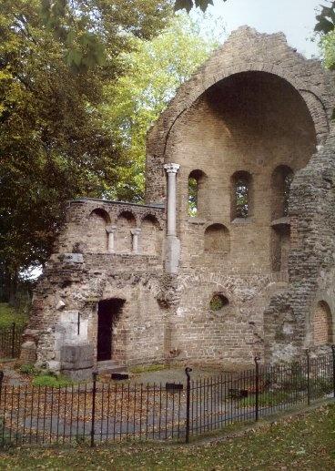 Remains of the Carolingian Barbarossa chapel in Nijmegen - Het Valkhof