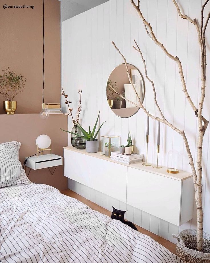 So wie Sie von einem Schönheitsschlaf aufwachen, erwacht Ihr Schlafzimmer …