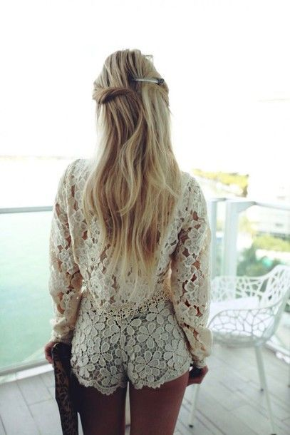 """awesome Idée Tenue """"Day to night"""" : Blouse: date outfit romantic blonde hair long hair crochet romper cream romper white romper long"""