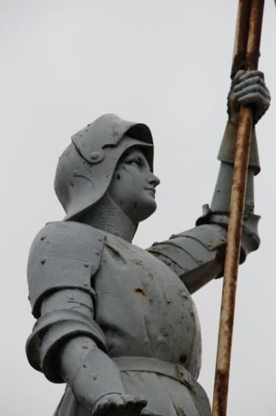 Monument aux morts – Jeanne d'Arc – Semilly.Champagne-Ardenne