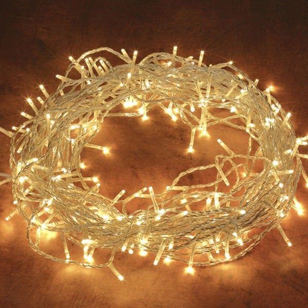 Pflanzen-Kölle LED Ricelight-Lichterkette 240 Lichter, klassisch warm, 18 m, transparentes Kabel  Hochwertige LED Lichterkette mit 240 klassisch warm leuchtenden Lichtern und transparentem Kabel. Vielseitige Weihnachtsdekoration für Innen und Außen.