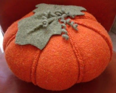 Felted wool pumpkins tutorial