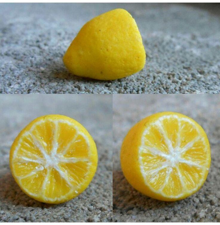 Citron en pâte polymère (fimo).