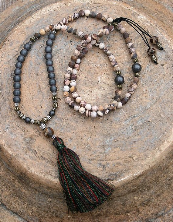 Beautiful frosted jasper frosted hematite por look4treasures