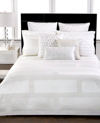 Hotel Collection Frame White King Comforter
