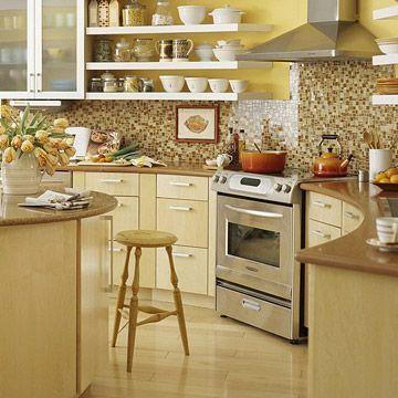 Hay dos tipos de personas, las que creen que las estanterías abiertas en la cocina son prácticas para guardar y usar los utensilios, además de bonitas y...
