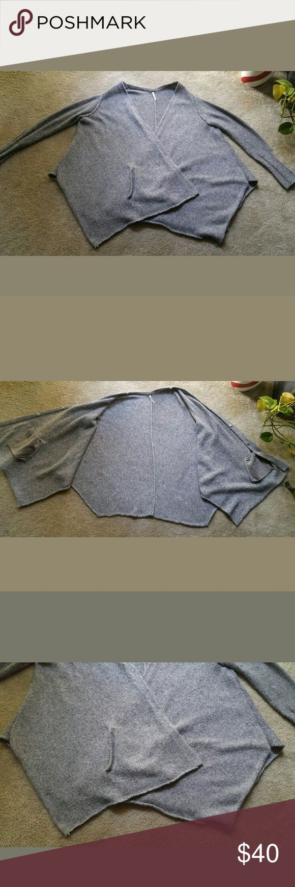 Free people chunky gray sweater small Buttons were sawn in again and 2 sports that i have not try to remove.  I will leave that to the buyer ..make up stains? Free People Sweaters Cardigans