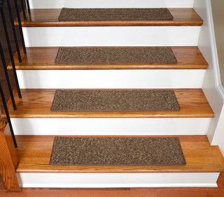 stair set carpet - I want these.