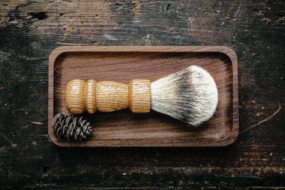 OAK SHAVING BRUSH: Handcrafted Silver Tip Badger Shaving Brush (Oak) - Shaving Supplies Made in Canada