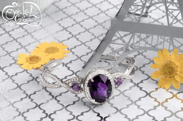 Every ensemble needs a statement piece! This beautiful African Amethyst bracelet will inspire your friends during a night out in Paris! [Promotional Pin]